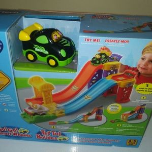 V tech car an track set for 1/5 years old